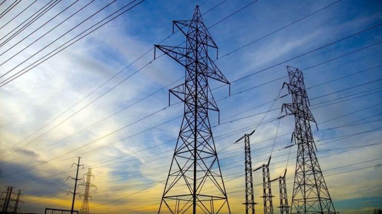 متى ستنتهي العشوائية التي يعيشها المكتب الوطني للكهرباء بالداخلة؟؟