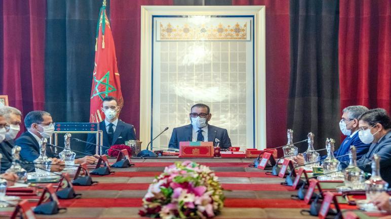 الملك يستفسر وزير الصحة حول تقدم لقاح كورونا الذي تطوره الصين