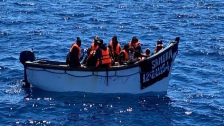 قارب ديال لحريكَ فيه 27 من دول جنوب الصحرا خرج فسواحل الداخلة