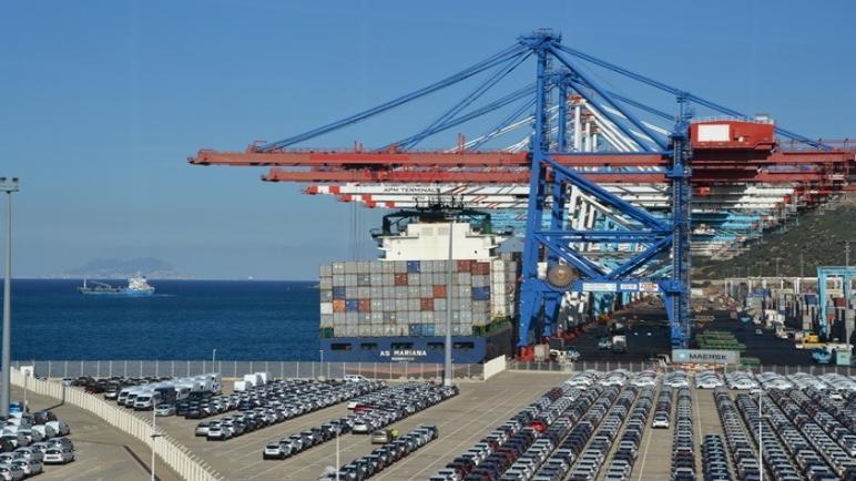 فينانشال تايمز: ميناء طنجة المتوسط ثاني أفضل منطقة إقتصادية في العالم
